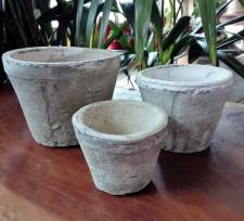 Antiqued Whitestone Terracotta Squat Pot